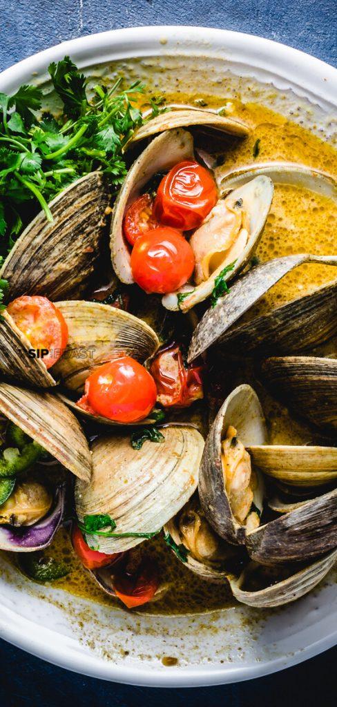 Thai-green-curry-clams-recipe-pinterest-pin
