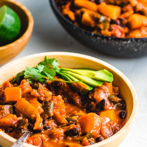 Roasted poblano peppers and stewed butternut squash chili featured image.