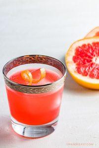 Grapefruit gin cocktail Pinterest image.