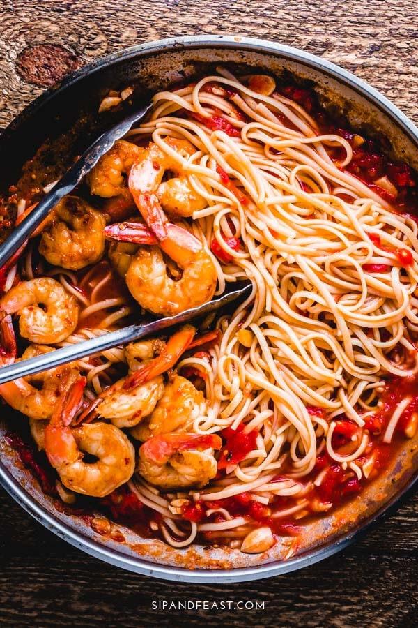 Shrimp fra diavolo recipe Pinterest image.