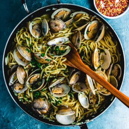 Linguine alle vongole featured image.