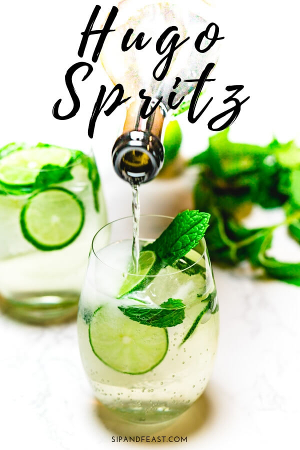 Hugo Spritz | A refreshing and effervescent cocktail with hints of elderflower, lime and mint that is so delicate and versatile, it makes the perfect aperitivo to any meal. #sipandfeast #hugo #cocktails #drinks #mint #proseccodrink #spritz