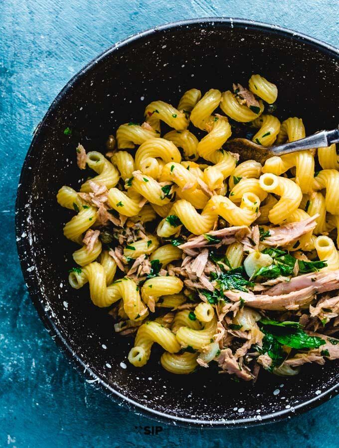 Tuna pasta in bowl.