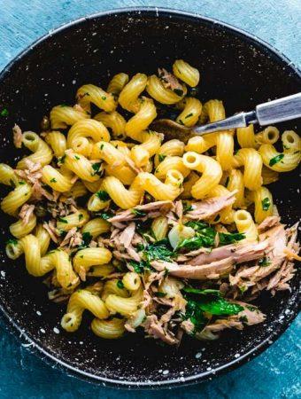 Tuna pasta featured image.