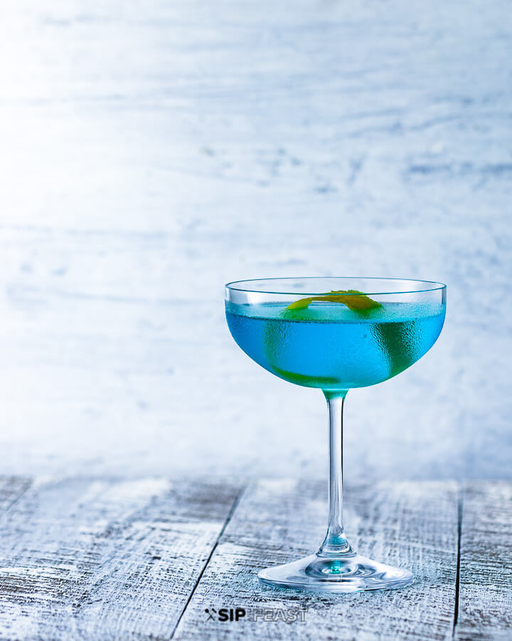 Coupe glass with Angelo Azzurro cocktail