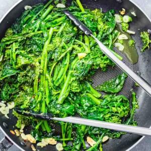 Sauteed broccoli rabe featured image.