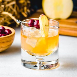 Apple cider old fashioned featured image.