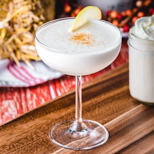 Apple Pie Martini featured image.