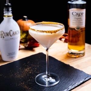 Pumpkin spice martini featured image.