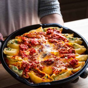 Stuffed shells featured image.