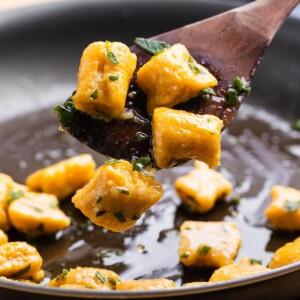 Butternut squash gnocchi recipe featured image.